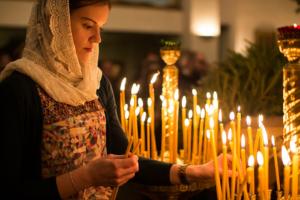 Сильная молитва семи крестам: какое значение имеет неперебиваемый оберег и как читать?