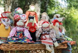 Славянские народные куклы-обереги: история возникновения, виды и советы по изготовлению своими руками