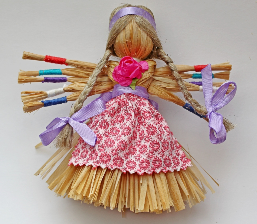 Древнеславянский символ семьи — куклы Неразлучники. Значение, пошаговая инструкция изготовления, активация
