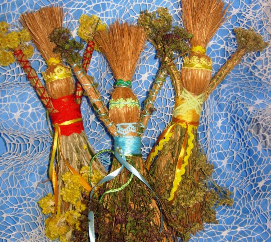 Символ плодородия, материнства и домашнего очага — кукла-оберег из ниток. Виды, изготовление, активация